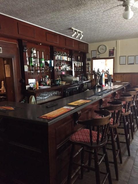 Kinmount hotel old bar